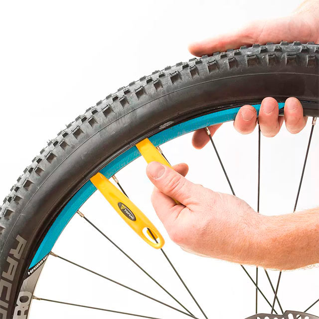 démonte-pneu